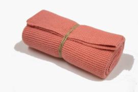 'Dark Powder' knitted towel solwang