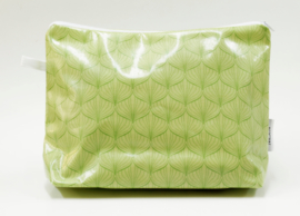 'Lampion' green wash bag NILSEN