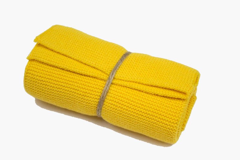 Bright Yellow, Knitted towel solwang