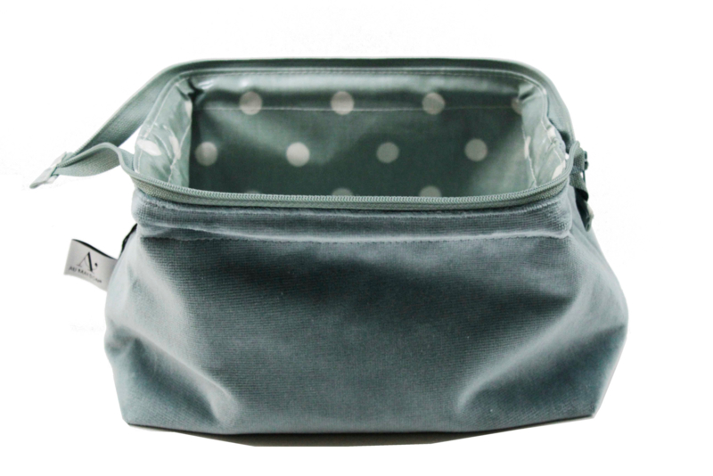 small Velvet Stone blue, make up bag