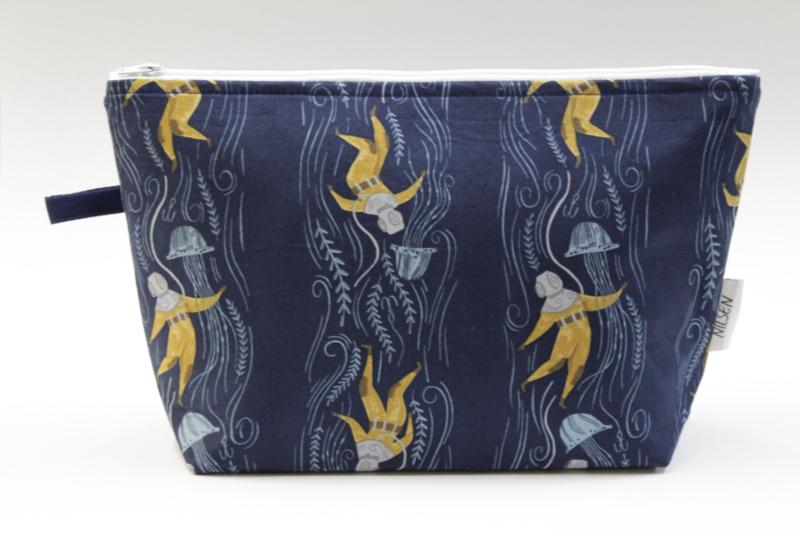 'Diver' wash bag