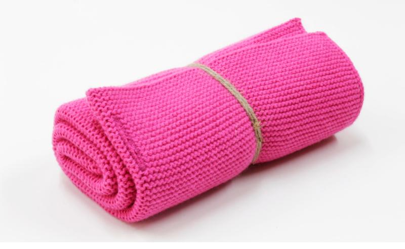 'Pink' knitted towel solwang