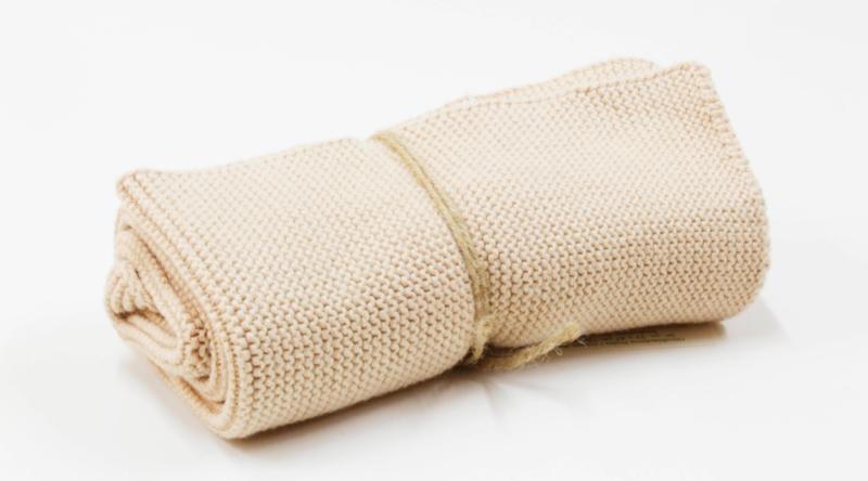 'Light nougat' knitted towel solwang