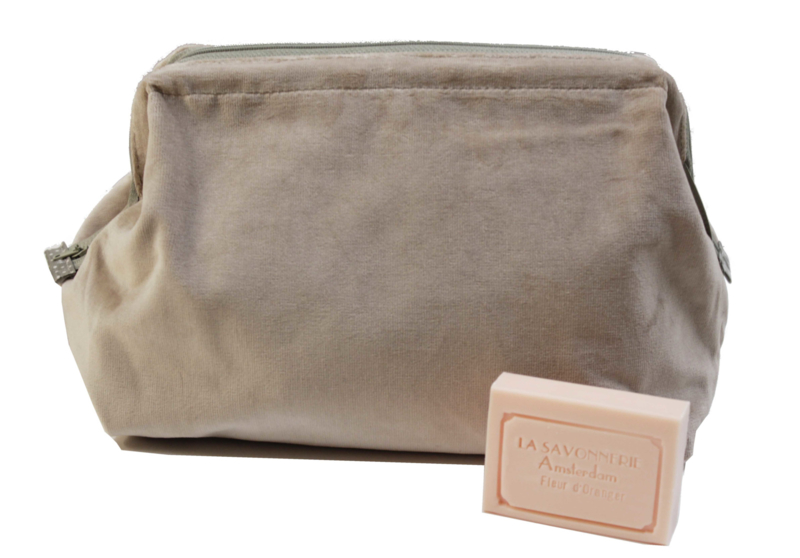 Large Velvet Washbag Au Maison, dusty pink