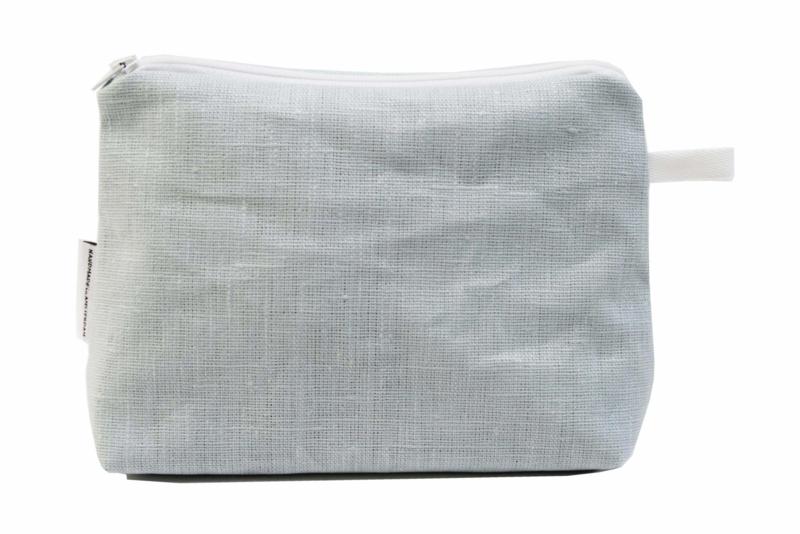 Linen light blue make-up bag, Nilsen
