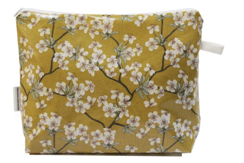 'Blossom' dark yellow, wash bag