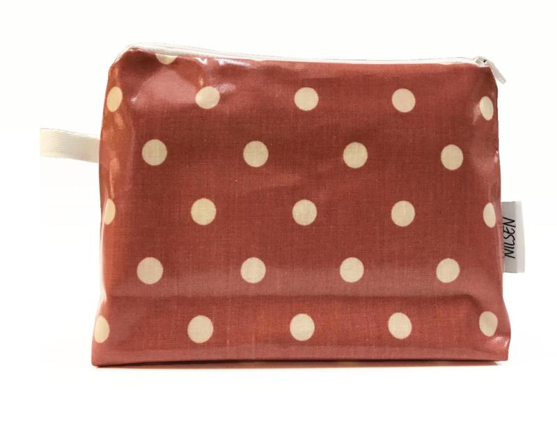 'Dot' dark pink, wash-up bag NILSEN