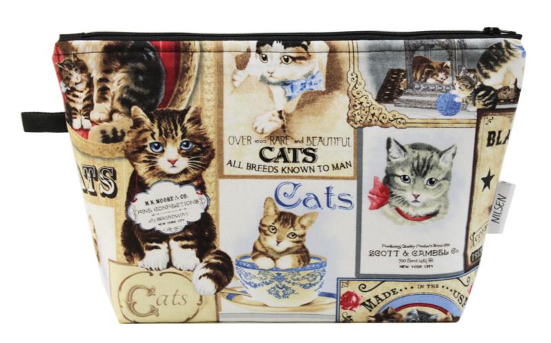 'Vintage cats' wash bag
