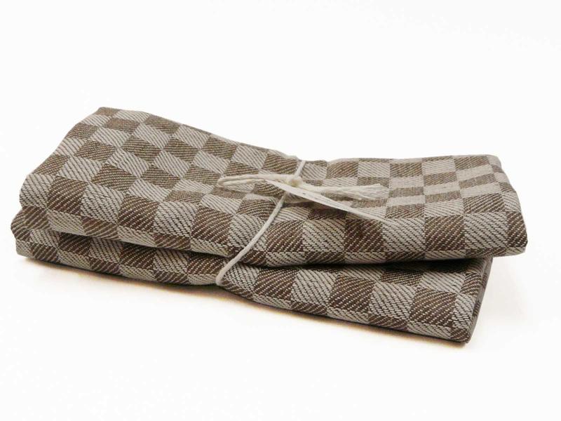 Brown checked tea towels, Axlings