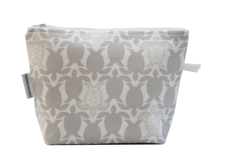 Toiletry bag , Turtle taupe