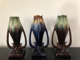 Set van drie Art Deco druipglazuur vazen Faience de Thulin (1890-1920)