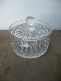 Prachtige geslepen kristallen dekselpotje met deksel (1)