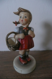Hummel nr 96  Little Shopper / Gretel, Goebel, 12 cm