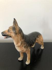 Goebel porseleinen beeld Duitse Herder 12,5 cm hoog 16 cm lang
