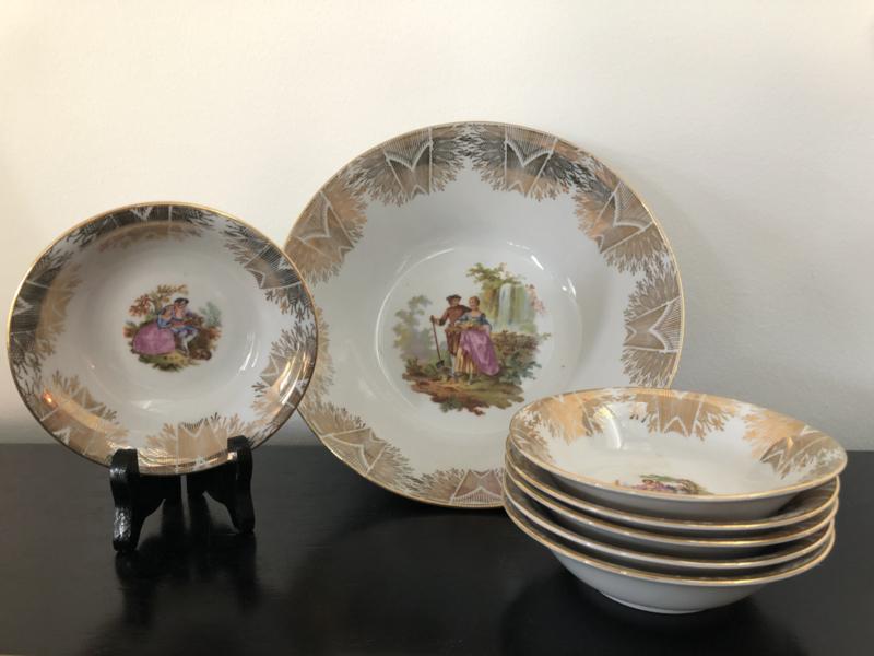 Bavaria Winterling dessert / fruit servies met allegorische voorstelling en gouden randen