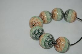 Pools aardewerk kraal    Ø 2,5cm