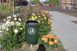 10 afvalbakken DIN-PK groen - 50 liter inclusief palen