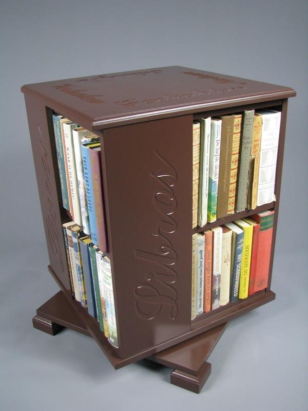 Trendy boekenmolen Bruin met enkel vlaks bruine Schoonschriftteksten Blad 46 cm