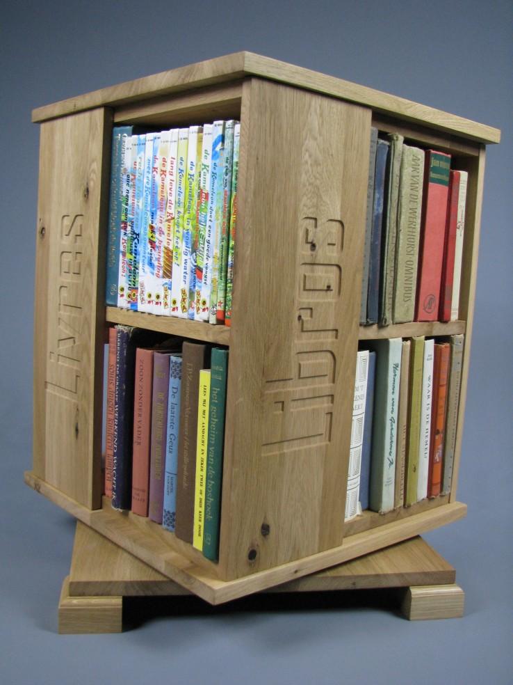 nieuwe eiken boekenmolen.jpg