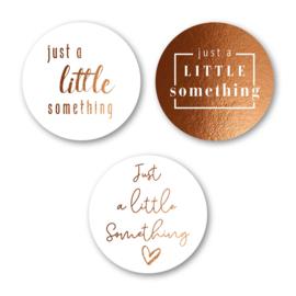 Sticker sluitzegel mix goud folie - Little something | 12 stk