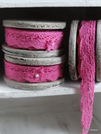TI Houten klos met kant pink