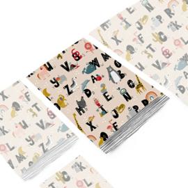 Kado zakjes / alfabet  dieren  -  letters / 17x25cm/ 5 stk