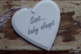 "TI Wit houten hart ""ssst baby slaapt"""