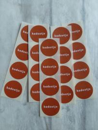 Stickers rond /  kadootje terra / 20stk