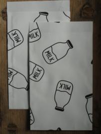Vlakke zakjes / Baby melkflesjes / zwart wit / 5 stk