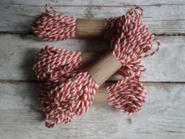 Bakkerstouw  rood / streng 10m
