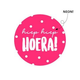 Sticker sluitzegel | hiep hiep hoera | neon roze | 15 stk