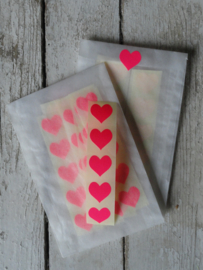Sticker  - mini hart / fluor roze / 15mm / 50 stk