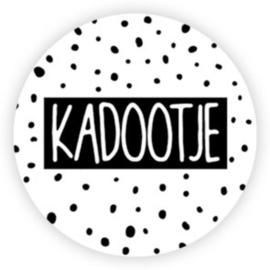 Sticker Kadootje / zwart wit stip / 10 stk