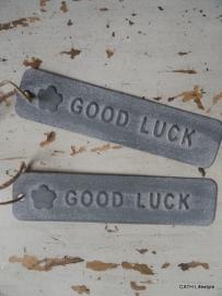 "Label / ""Good Luck""  lang grey"