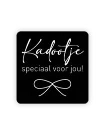 Sticker - vierkant zwart - Kadootje speciaal voor jou | 35mm | 10 stk