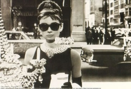 Ansichtkaart - Audrey Hepburn  window