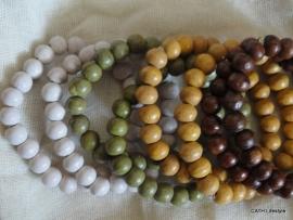 Armband / Houten kralen /  tinten naturel