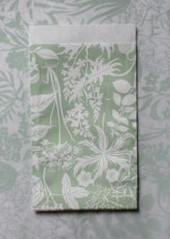 Zakjes botanic garden / eucalyptus / Geertje Aalders / 12 x 19 cm