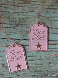 "Label / ""Good Luck""  roze"
