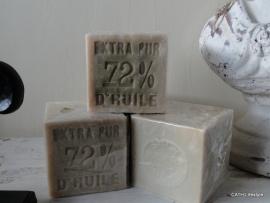 TI Savon de Marseille van plantaardige olie met Olive blok 400