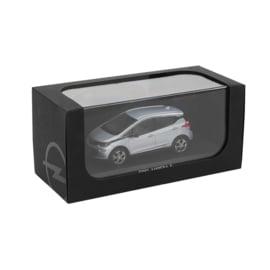 Miniatuur Opel Ampera-e Kristall Silber  *NIEUW*
