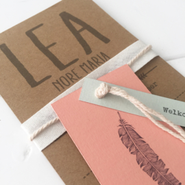 Geboortekaart met labels Lea