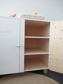 Houten commode boomstampootjes  (wit)