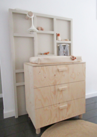 Commode met laden underlayment