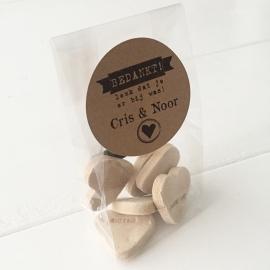 Transparant zakje met kraftsticker / Bedankje bruiloft 20 stuks
