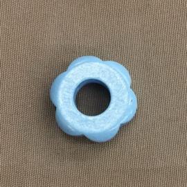 Houten bloem 31 mm lichtblauw