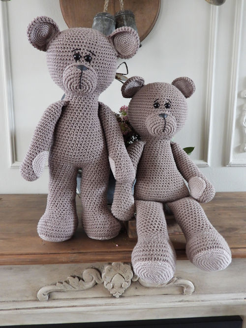 XXL Funny Bear Basic taupe (staand of zittend)