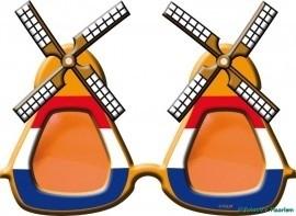 Bril oranje molen