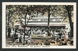 APELDOORN, Hotel Prins Bernharddal met speeltuin, Apeldoorn.