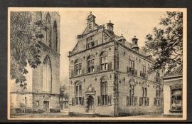 LOCHEM, Gevel oud stadhuis. Gelopen kaart.